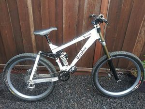 Rare! Professional Banshee Scream downhill bike for Sale in San Leandro, CA