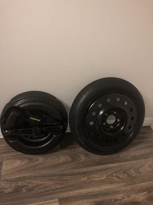 2000-2013 Chevrolet Impala Spare Tire Kit w/ Jack & Tools OEM T125/70D16 for Sale in Fresno, CA