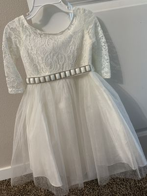 Never worn flower girl dress size 2 for Sale in Battle Ground, WA