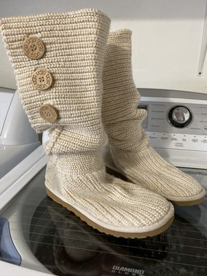 Ugg Cream & Gold Knit Boots Size 9 for Sale in Dallas, TX