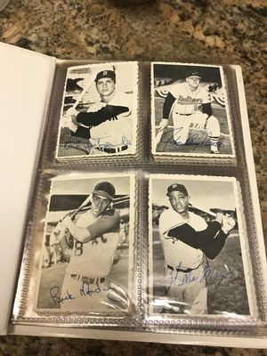 1962 Topps Deckle Edge vintage baseball cards in album lot of 22 total Willie Mays, Pete Rose etc. for Sale in Tampa, FL