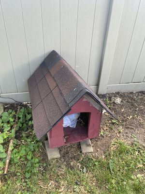 Wood dog house for Sale in Romeoville, IL