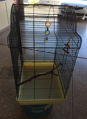 Birdcage nice condition for Sale in Sun City West, AZ