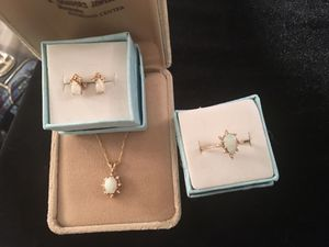 14kt gold opal and diamond triple set for Sale in Glen Burnie, MD
