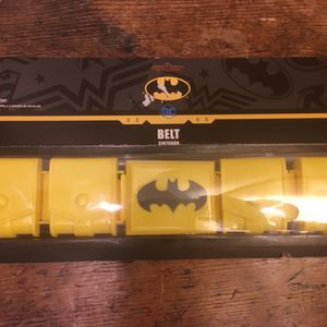 """DC Comics Batman Child Wearable Costume Bat Belt. Condition is """"New"""" but has some box wear and creasing on the packaging but otherwise still sealed an for Sale in Sandy Springs, GA"""