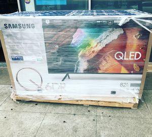 Samsung 82 inch QLED 4K TV smart with warranty Q6 for Sale in Norwalk, CA