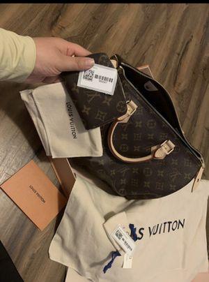 Authentic Louis Vuitton Wallet & Purse for Sale in Yuma, AZ