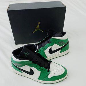 Air Jordan 1 Pine Green Mid Size 11 for Sale in Nashville, TN