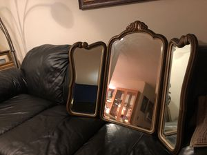 Antique mirror for Sale in Southwest Ranches, FL