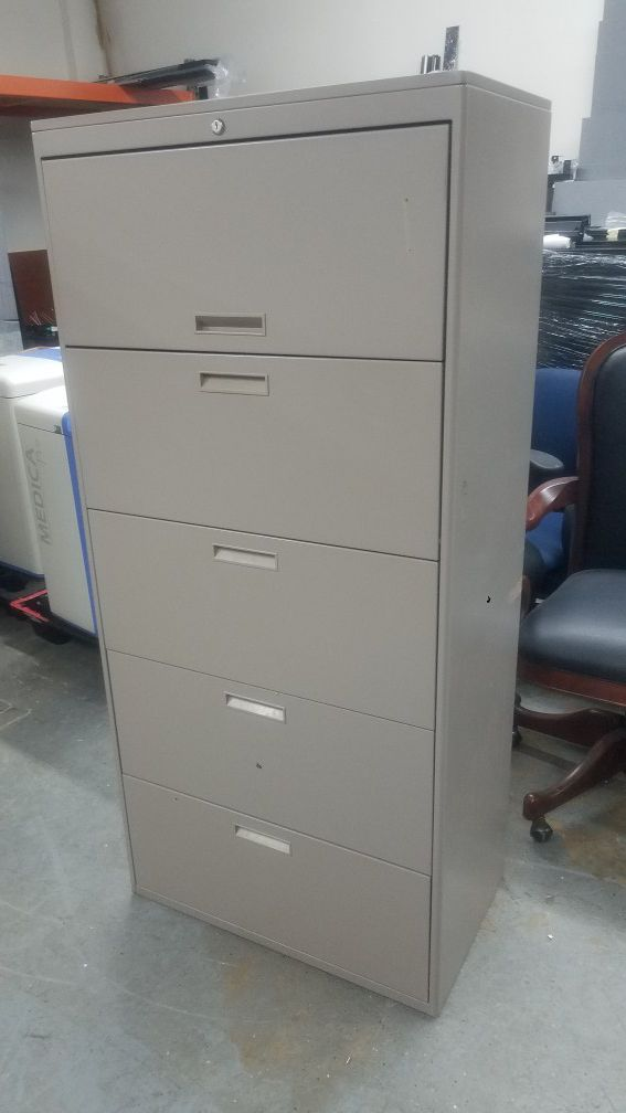 "file cabinet 30""w x 5 drawers high"