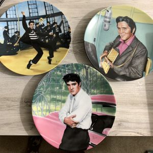 Antique Elvis Presley Plates (years- 1988,1990,1989) for Sale in Stockton, CA