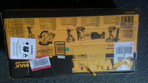 DeWalt 5 Tool 20v max lithium ion cordless combo kit for Sale in Avon Park, FL