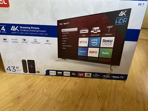"TCL ROKU TV. 43"" UHD 4K for Sale in Carpentersville, IL"