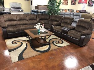 New brown Microfiber reclining sectional sofa for Sale in Chicago, IL