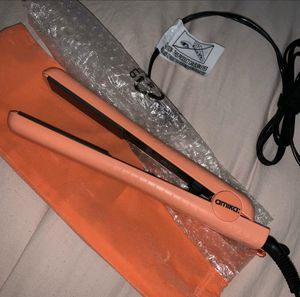 Brand new hair straightener for Sale in Tampa, FL