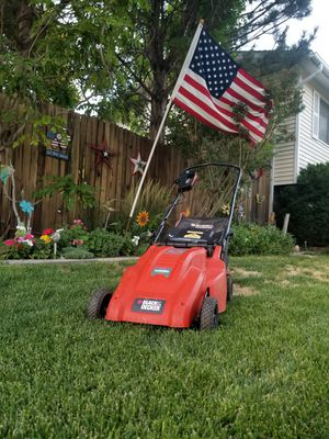 Black & Decker Lawn Mower for Sale in Magna, UT