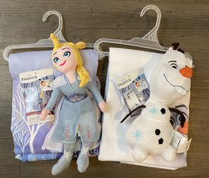 NEW Frozen Towel Bundle! for Sale in Hutto, TX