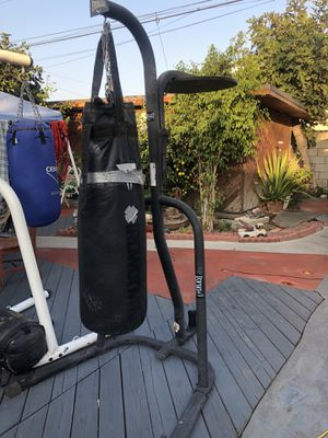 Everlast heavy bag stand. for Sale in Norwalk, CA