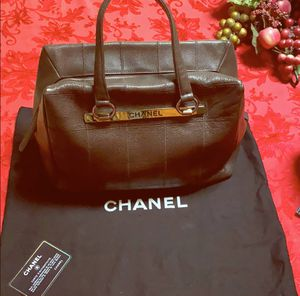 Authentic Chanel bag for Sale in Golden Oak, FL