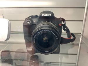 Canon E05 Rebel T5 with Battery Grip for Sale in Fort Worth, TX