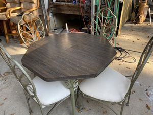 Kitchen table with 4 chairs for Sale in St. Louis, MO