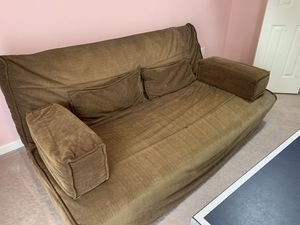 Futon for sale - converts in to bed for Sale in Centreville, VA