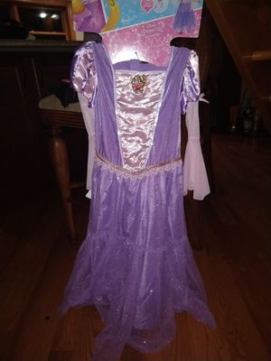 Rapunzel Halloween costume for Sale in HOFFMAN EST, IL