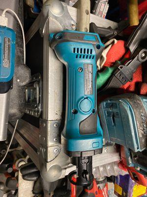 Makita 18V xoc01 for Sale in Irvine, CA