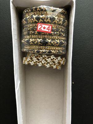 Bangles or bracelets for Sale in Atlanta, GA