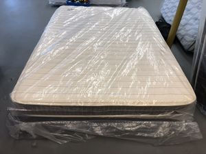 FULL SIZE BRENTWOOD HOME MATTRESS & BOX SPRING BED SET for Sale in Portland, OR