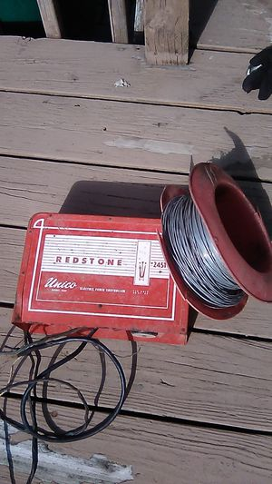 Electric fence. Controller with galvanized wire vintage for Sale in Garden City, MI