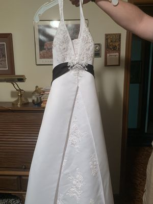 New never worn wedding dress for Sale in Easley, SC