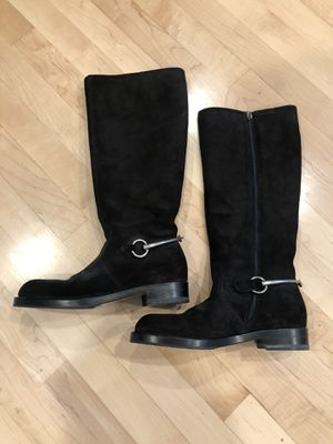 Gucci 354004 Horsebit flat top boots. Worn once. Size 37 for Sale in Snohomish, WA