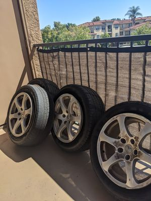 Infiniti/nissan 17' tire for sale 225/55/17 + 20pcs bolt nuts for Sale in Laguna Beach, CA