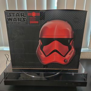 Star Wars Captain Cardinal Electronic Helmet for Sale in Downey, CA