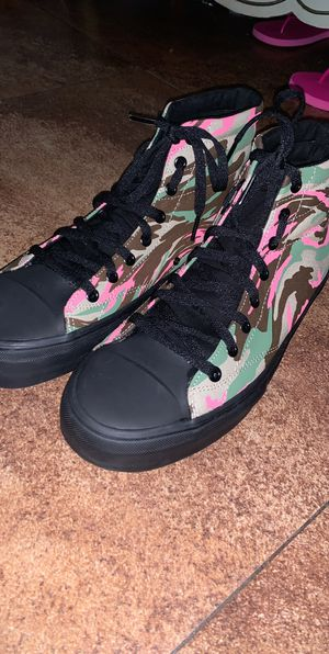STRAYE (Vans) High Top Size 9.5 Men for Sale in Escondido, CA