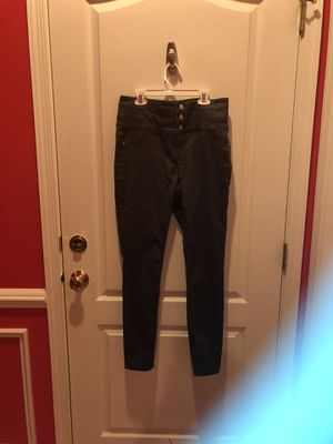 High waisted jeans from charlotte russe for Sale in Sterling, VA