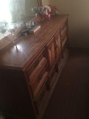Dresser TRADE FOR DESK for Sale in Sanger, CA