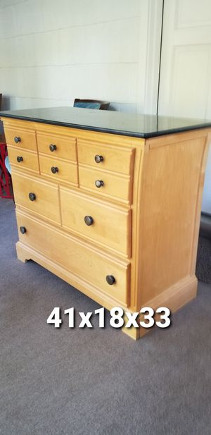 Large 3 drawer dresser for Sale in Royal Oak, MI
