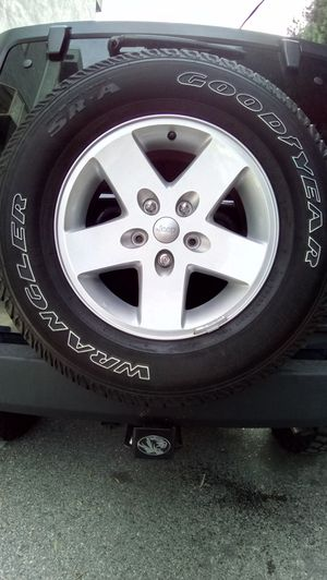 Jeep JK OEM Wheels & Tires for Sale in Town and Country, MO