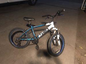 """Bicicleta de montaña 20"""" for Sale in Stockton, CA"""