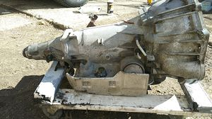 4L60E transmission from a 04 chevy Tahoe for Sale in Cleveland, OH