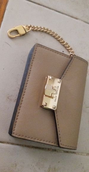Micheal Kors wallet for Sale in Kennewick, WA