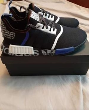 Adidas Nmd R1 Size 11.5 for Sale in Lexington, KY