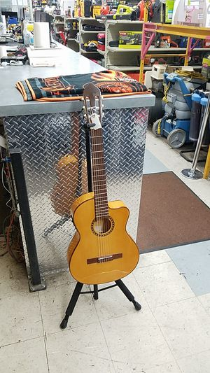Lucero LFB250SCR Thinline Acoustic Electric Classical Guitar for Sale in Phoenix, AZ