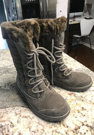 Girls/ women's BARE TRAP boots size 6 1/2 worn only a couple times! for Sale in Etna, OH
