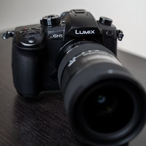 Panasonic Lumix GH5 with Sigma 18-35 and more for Sale in Phoenix, AZ