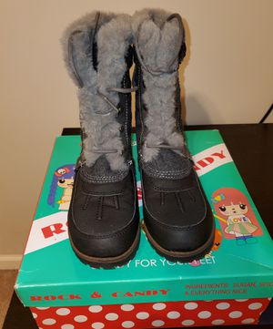 Rock & Candy snow boots size 2 for Sale in Cumming, GA