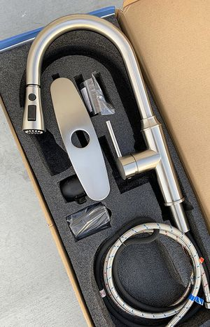 "New in box $65 Brushed Nickel 16"" Kitchen Sink Faucet Pause & Pull-Down Dual Spray w/ Plate Cover for Sale in Downey, CA"