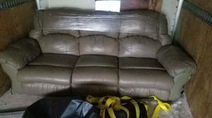Dual recliner w/ optional cup holders for Sale in Silver Spring, MD
